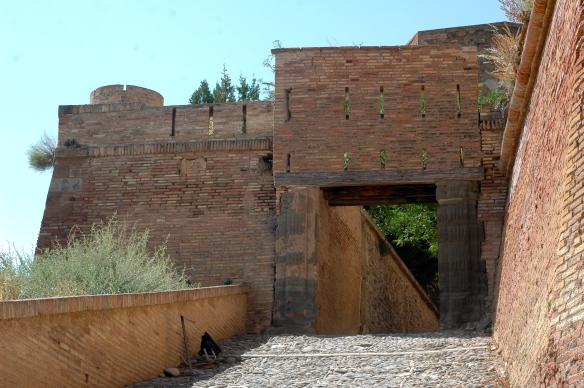 Monzón entrance